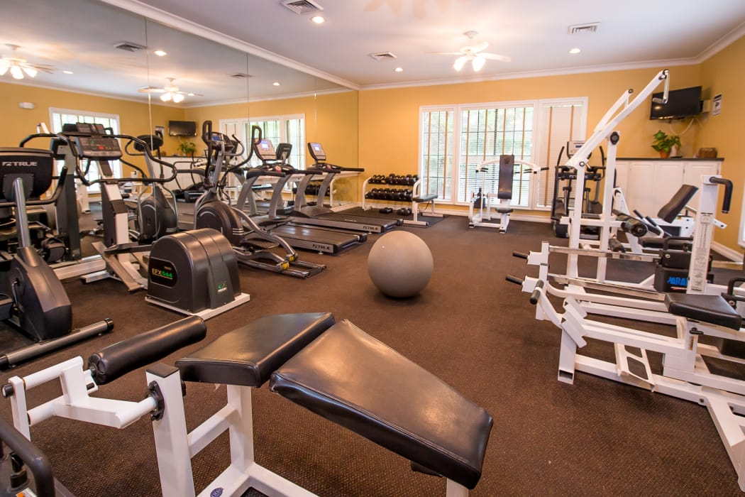 Modern fitness center at Arbors of Pleasant Valley in Little Rock, Arkansas