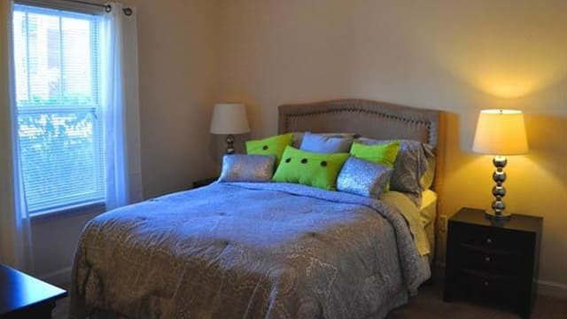 Guest bed room at the apartments for rent in Pavilion at Plantation Way