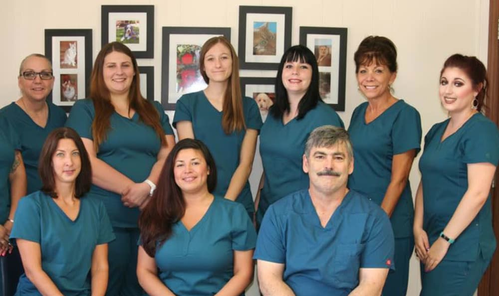 Staff at Sahuaro Vista Veterinary Clinic