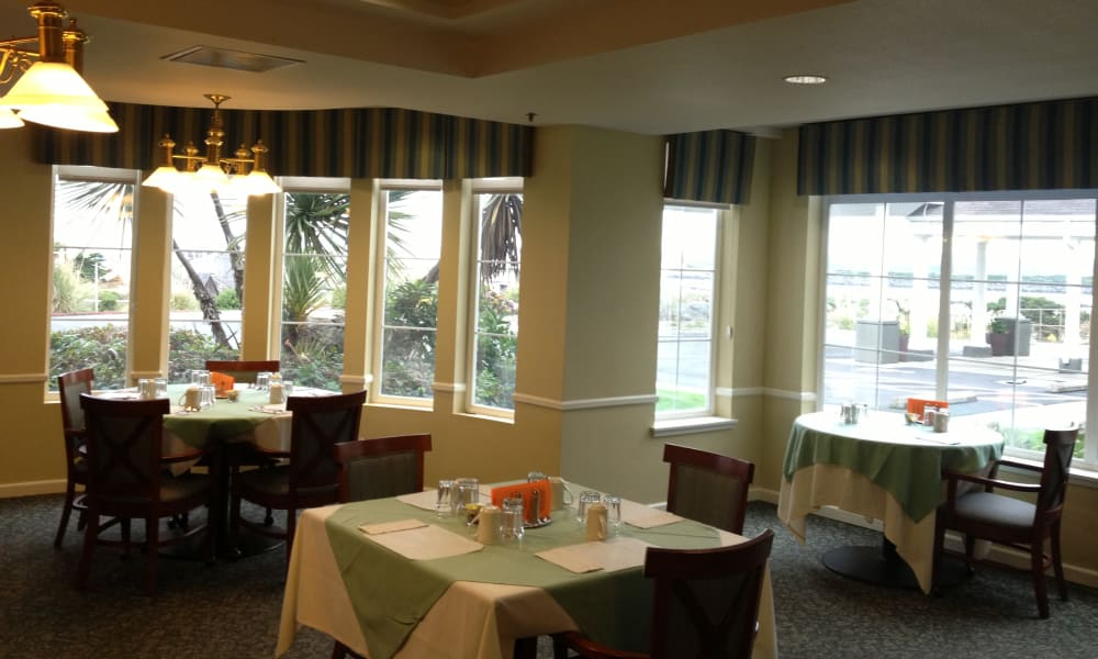 Main common area at Pacific View Senior Living Community in Bandon, Oregon