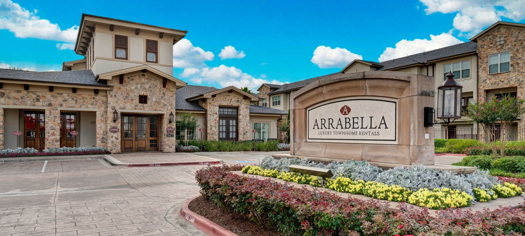 Apartments in Houston, Texas at Arrabella