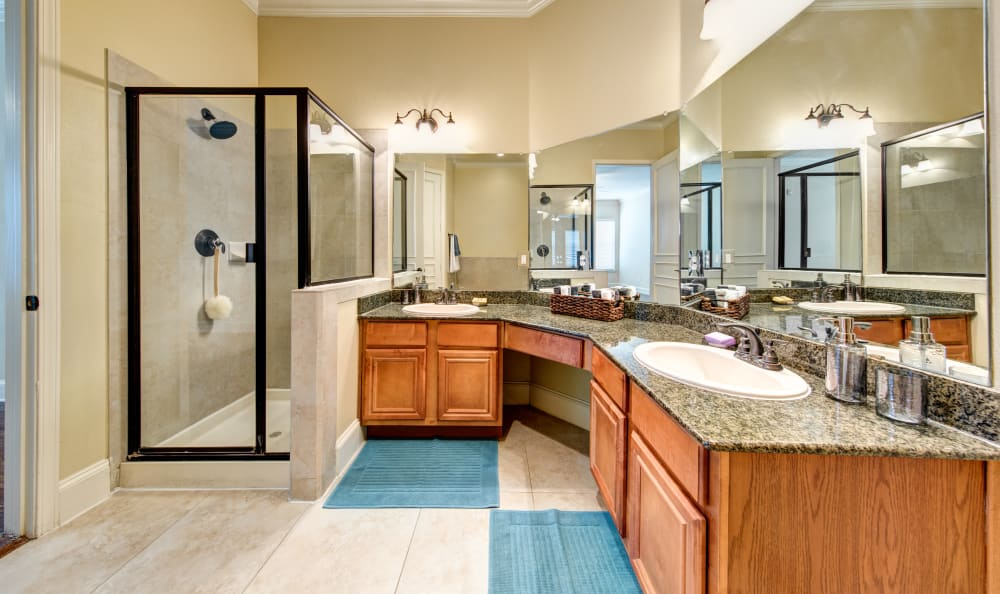 Giant bathroom at Marquis at Stone Oak