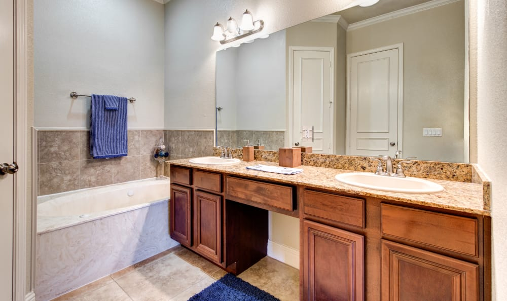 beautiful and bright bathrooms at Marquis at TPC