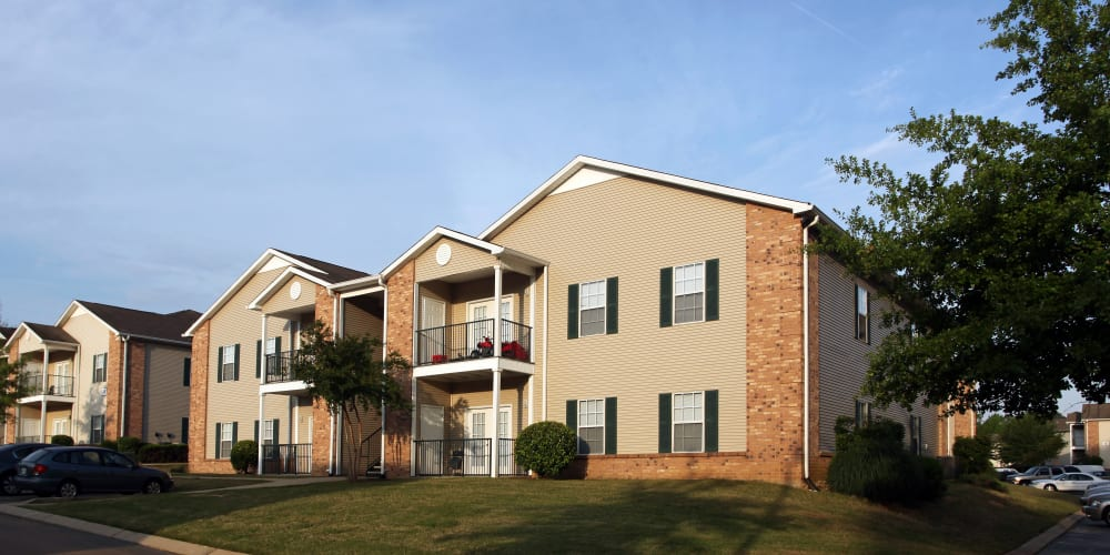 Apartment building exterior at Highland Park Apartments in Jackson, Mississippi