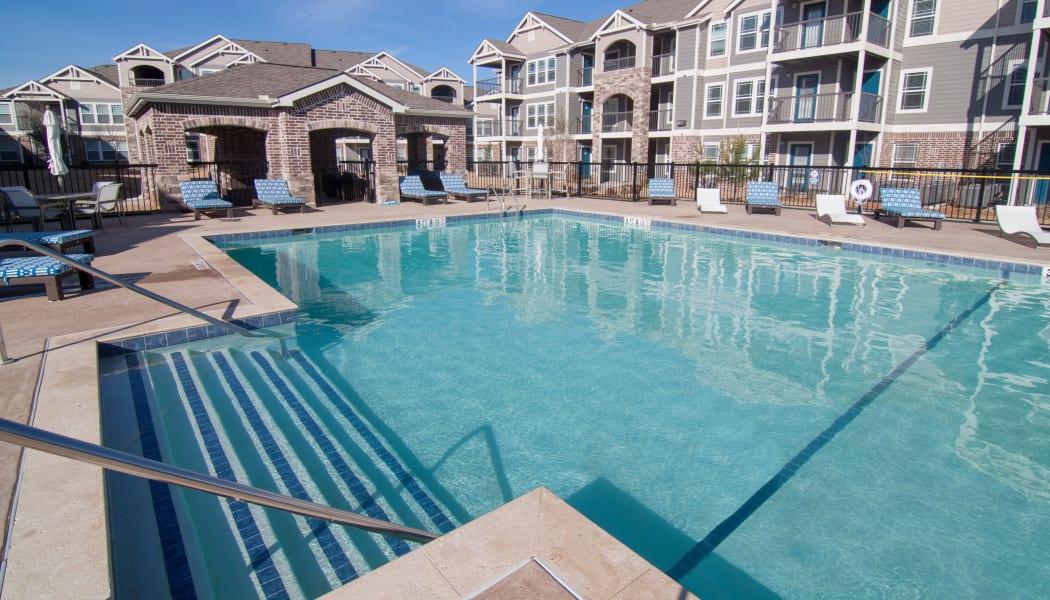Sparkling swimming pool at Scissortail Crossing Apartments in Broken Arrow, Oklahoma