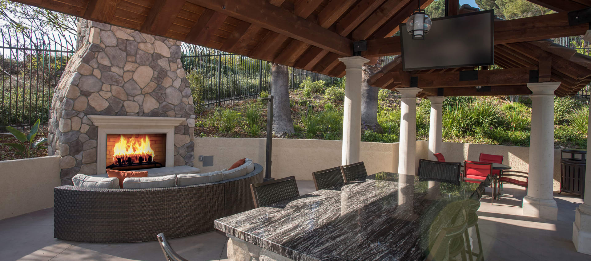 Expansive Sundeck at Shadow Ridge Apartment Homes in Simi Valley
