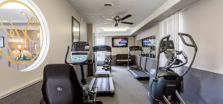 Steeplechase Apartments fitness center in Camillus, New York