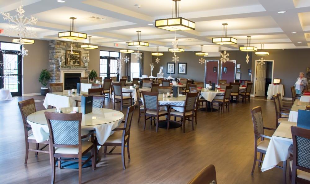 Arcadia Senior Living Bowling Green community dining room