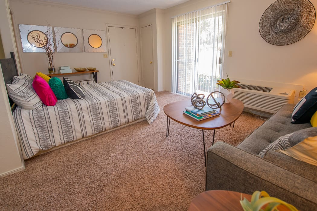 Studio floor plan at Summerfield Place Apartments in Oklahoma City, Oklahoma