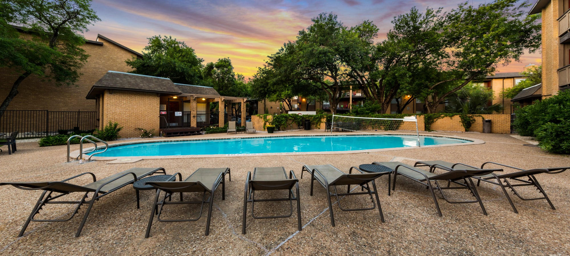 Amenities at SoCo on The Lake in Austin, Texas