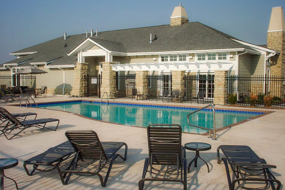 Outdoor pool at Mansions at Hemingway in Johnston, Iowa
