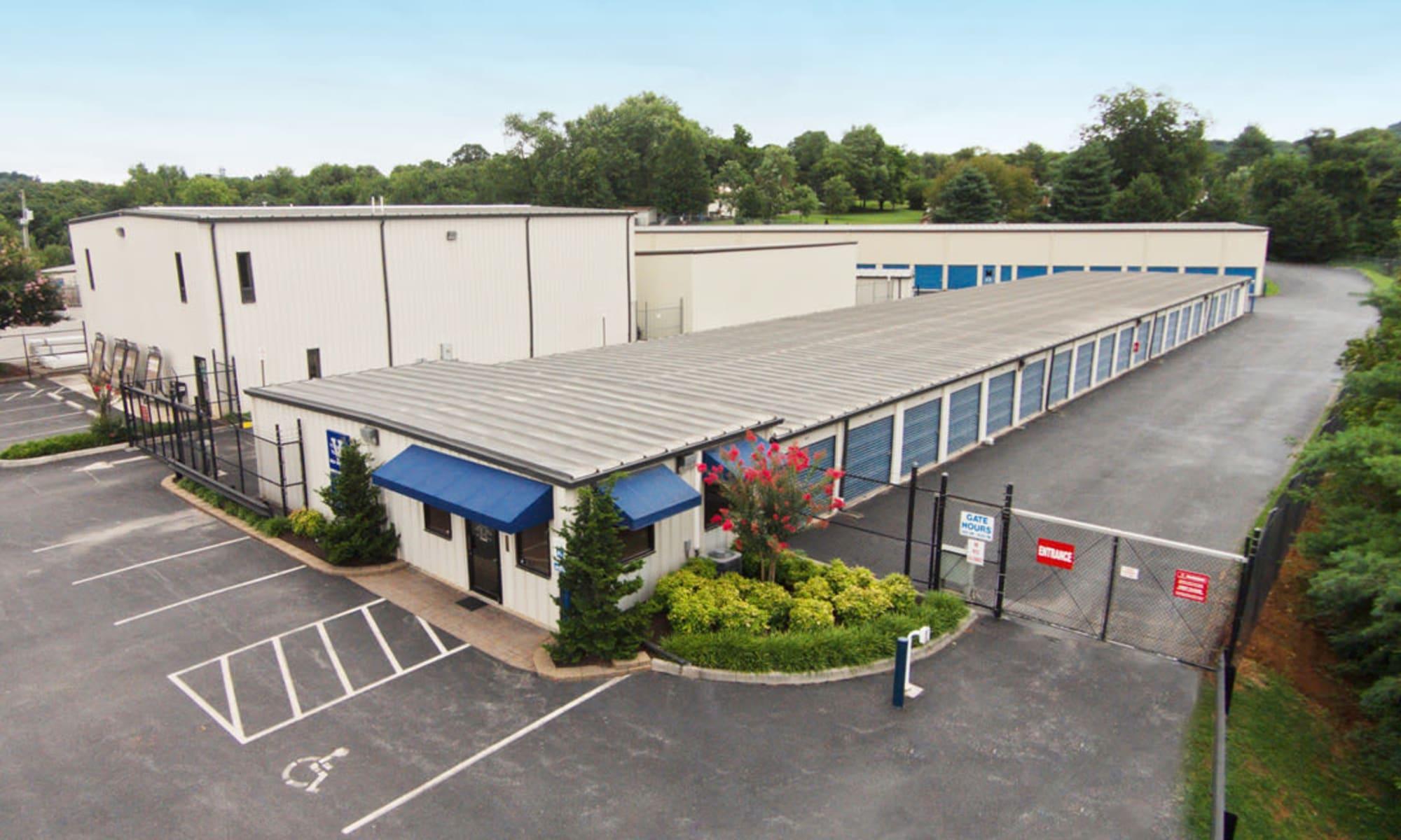 Aerial view of Virginia Varsity Storage in Roanoke, Virginia