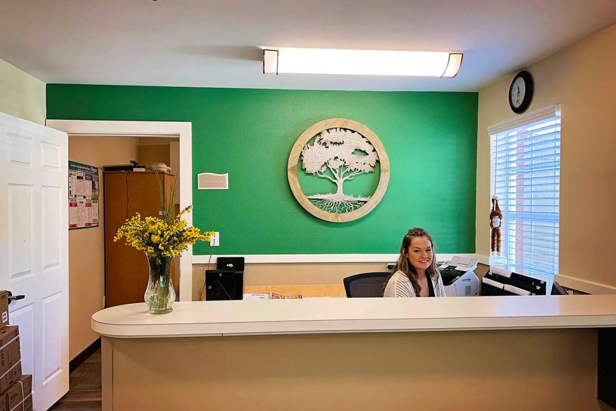 The front desk at Farmington Square Salem in Salem, Oregon