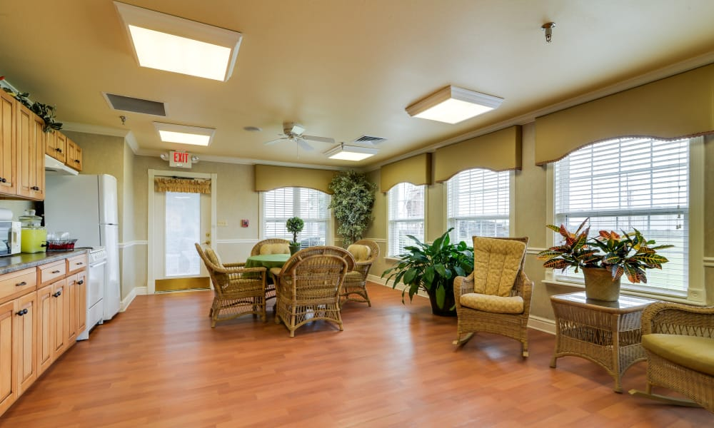 Kitchen and dining room at The Arbors at WestRidge Place in Sikeston, Missouri