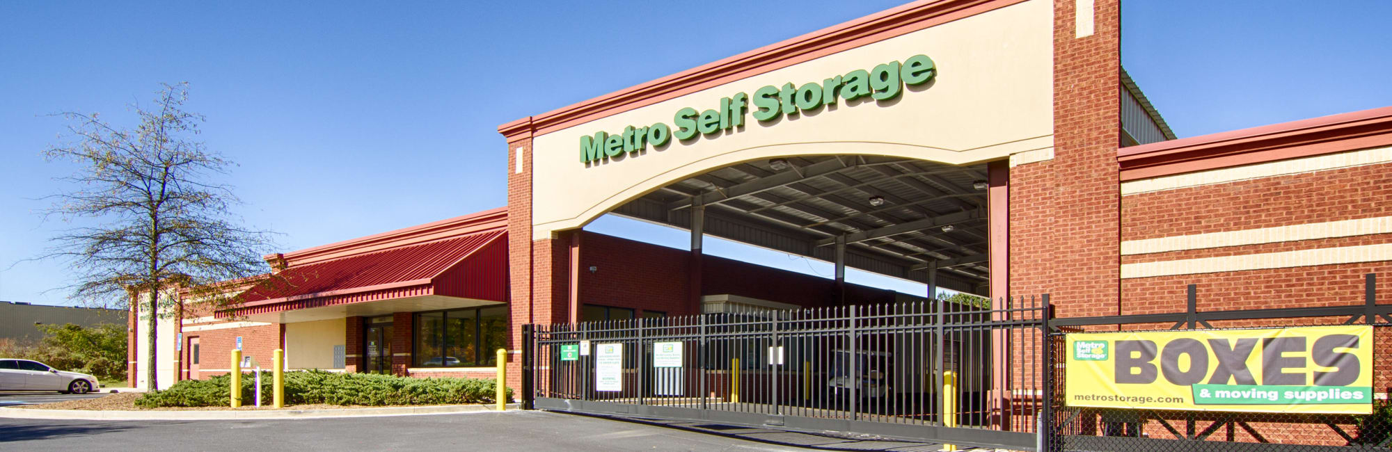 Metro Self Storage in Rex, GA