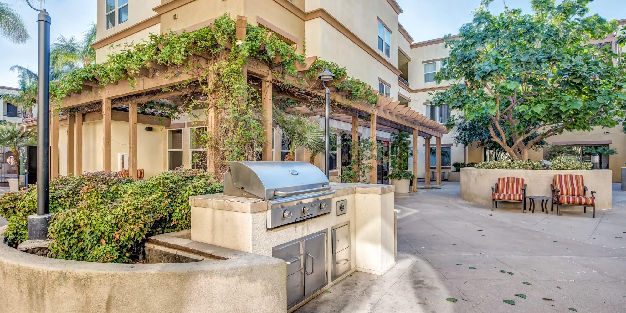 Chatsworth, California, apartments at Sofi at Topanga Canyon
