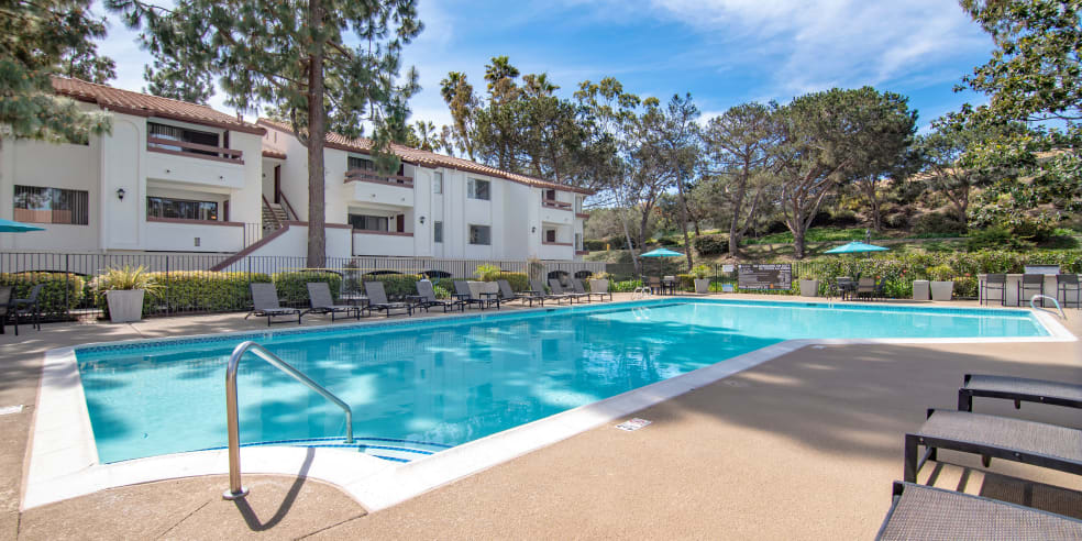 San Diego, California apartments with a spacious pool