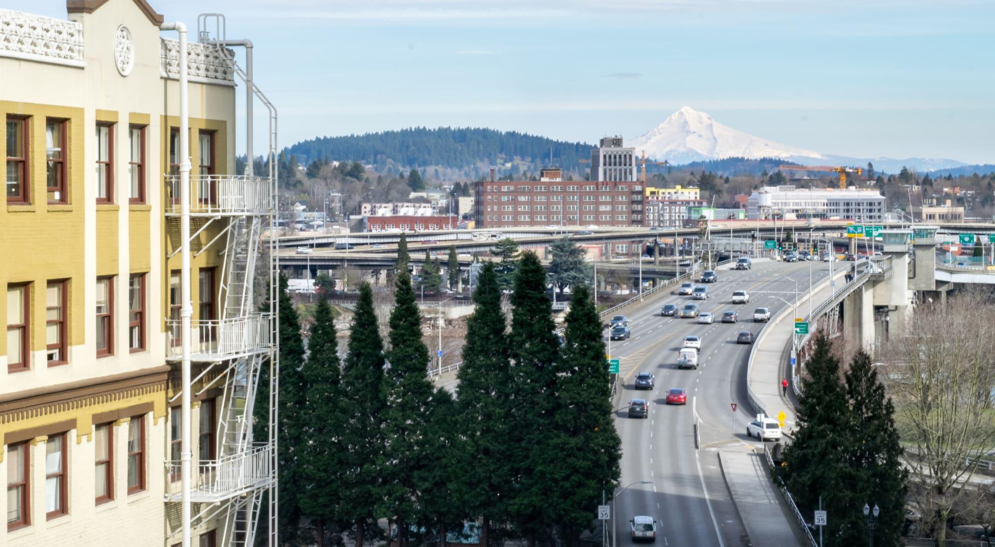Reviews for Downtown Self Storage - Davis Street in Portland, Oregon