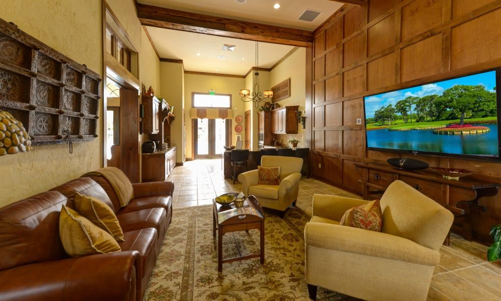Lavishly furnished lobby interior at Hacienda Club in Jacksonville, Florida