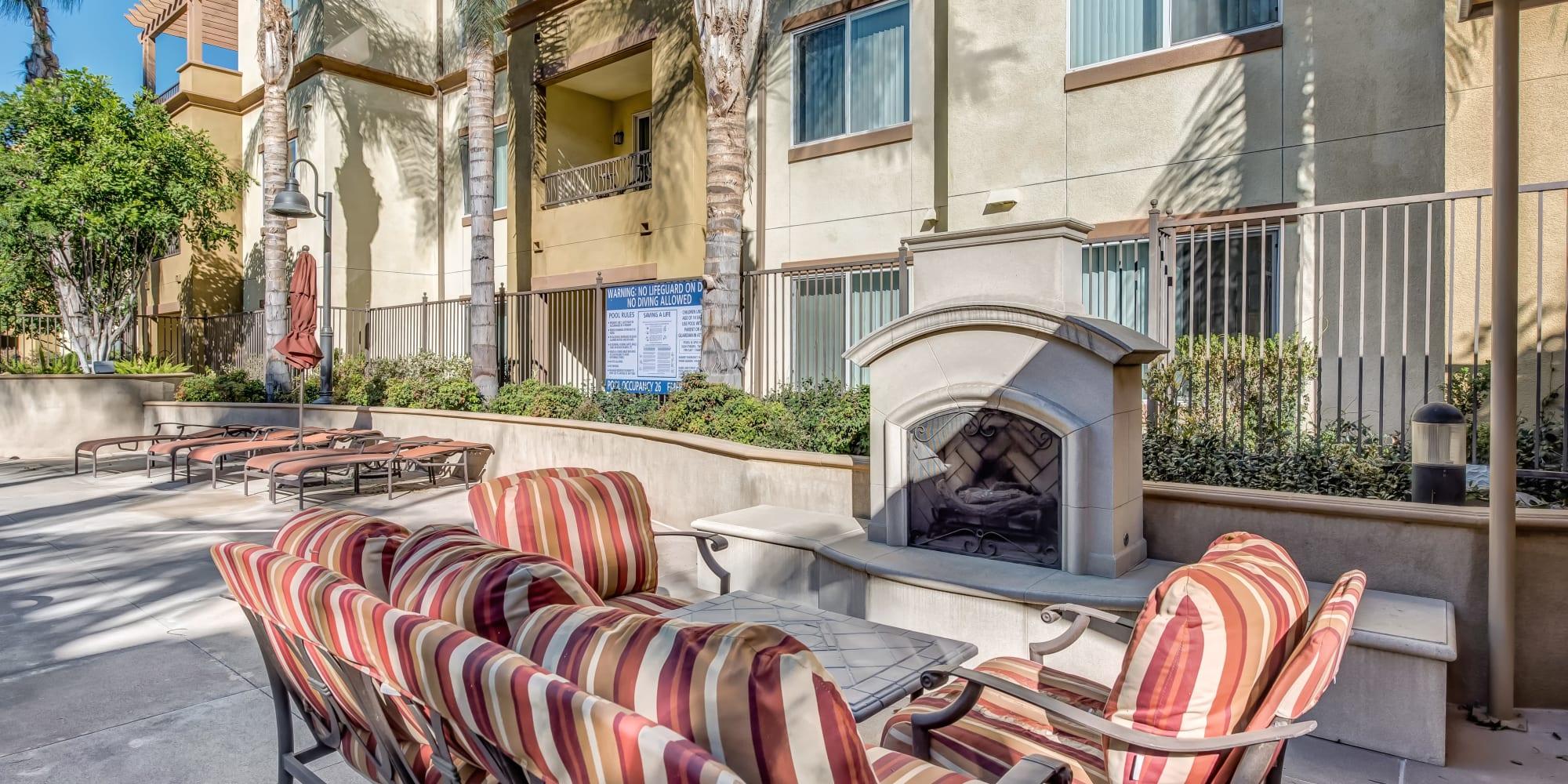 Apartments at Sofi at Topanga Canyon in Chatsworth, California