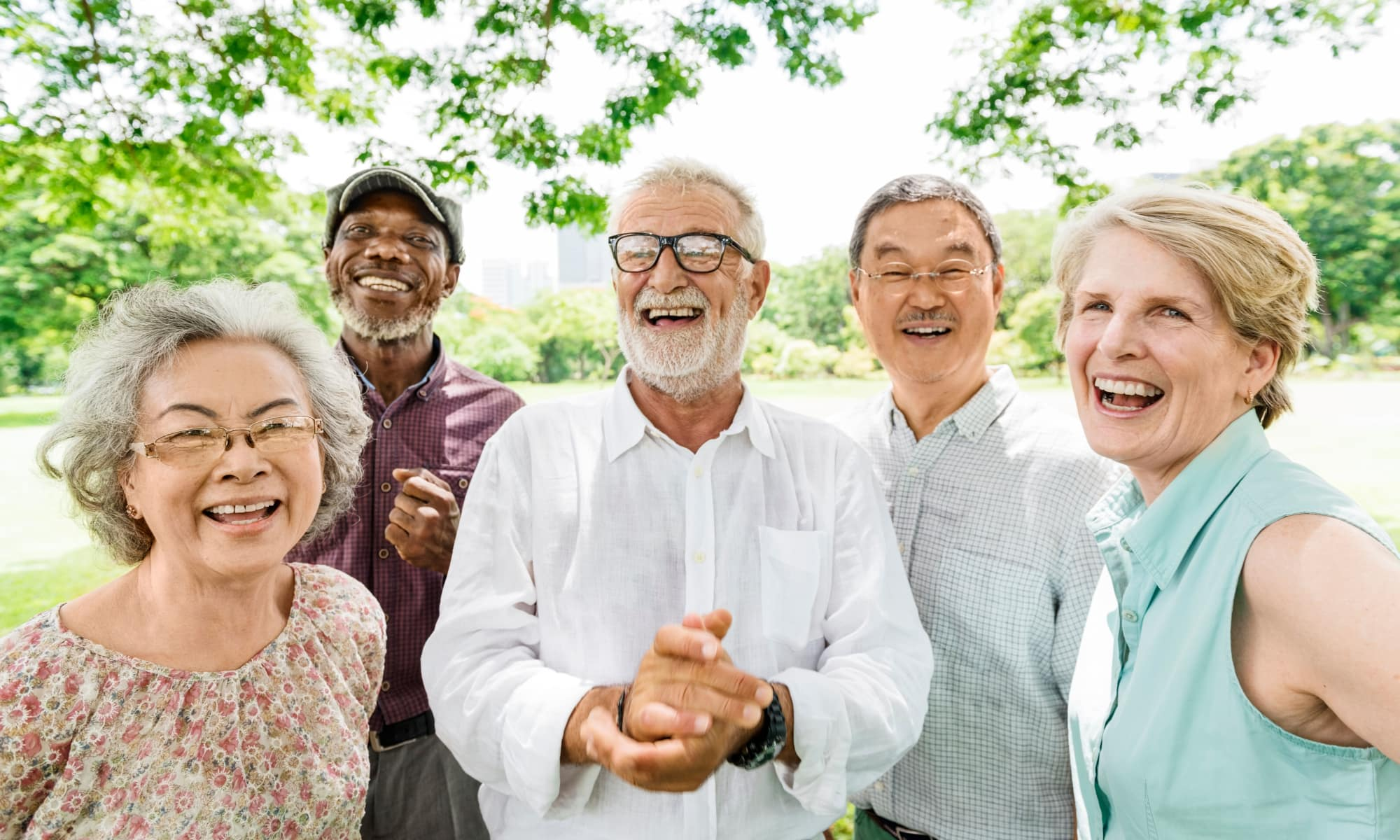 Residents of Seasons Living posing for a photo