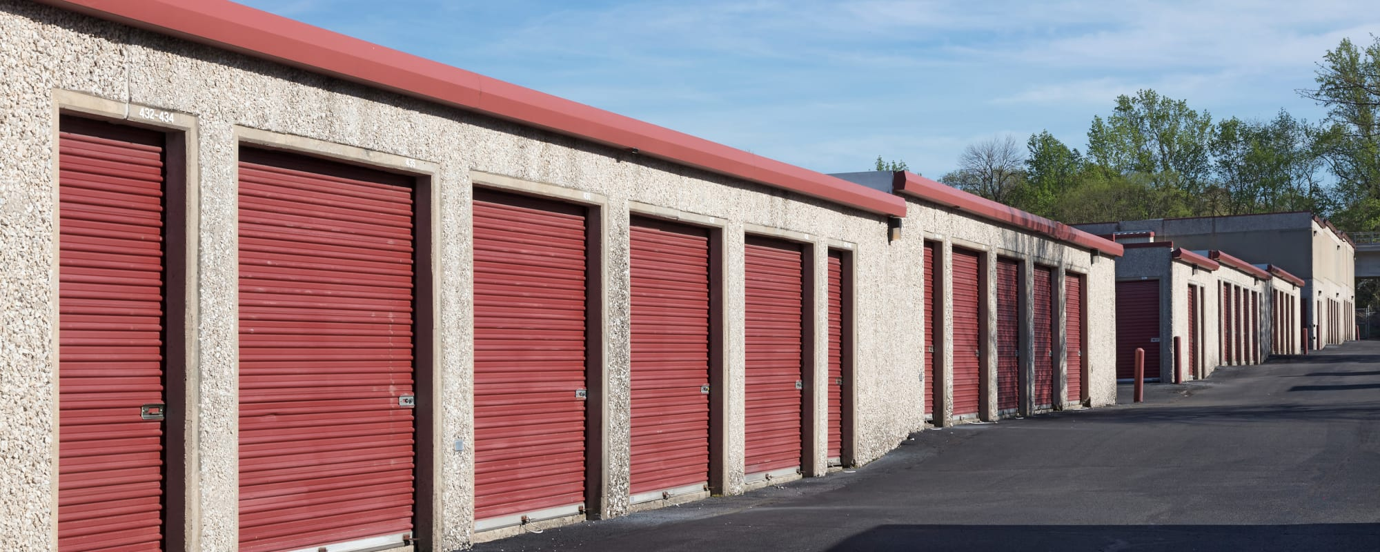 Exterior units at Self Storage Plus in Alexandria, VA