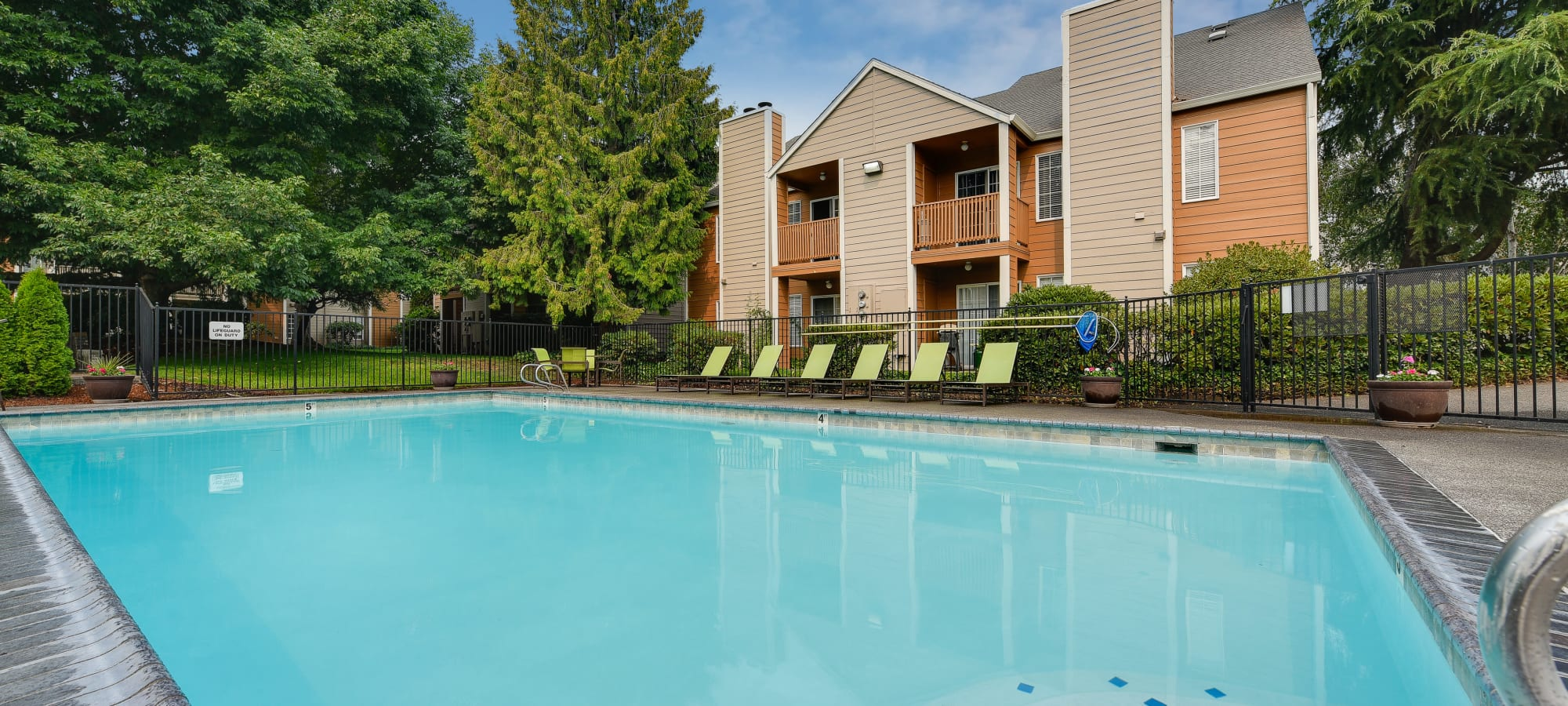 Carriage House Apartments in Vancouver, Washington