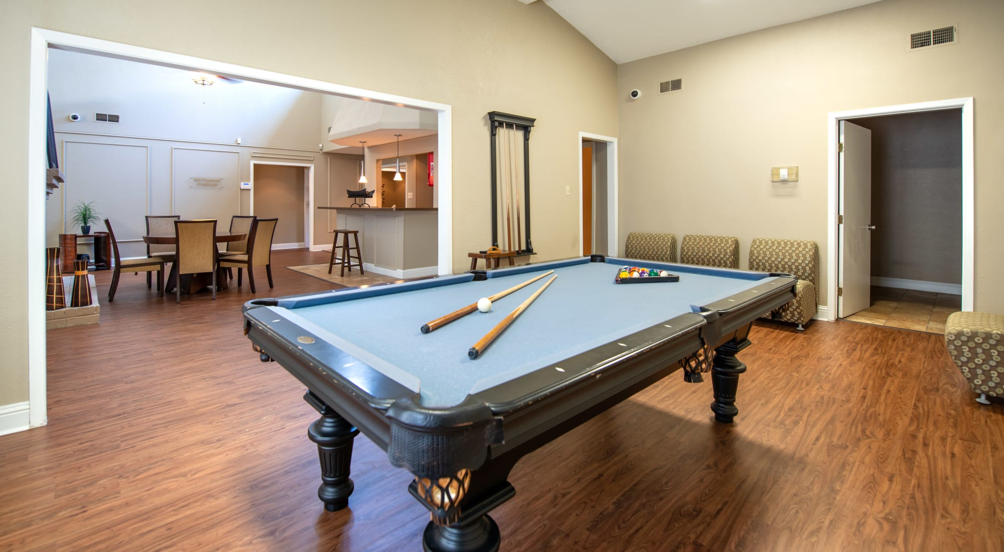 Amenities at 8500 Harwood Apartment Homes in North Richland Hills, Texas