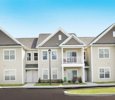 Gorgeous apartment homes at Canal Crossing in Camillus