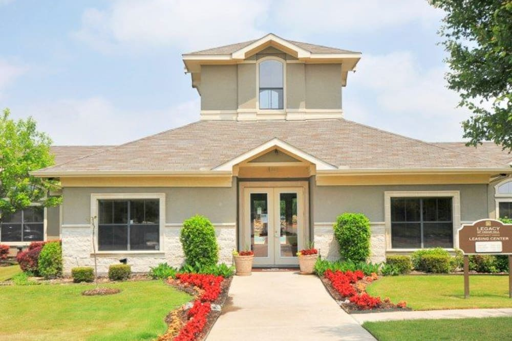 Clubhouse at Legacy of Cedar Hill Apartments & Townhomes in Cedar Hill, Texas