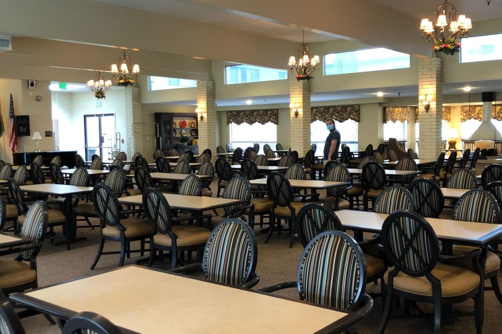 Beautiful and spacious dining room at Tumwater