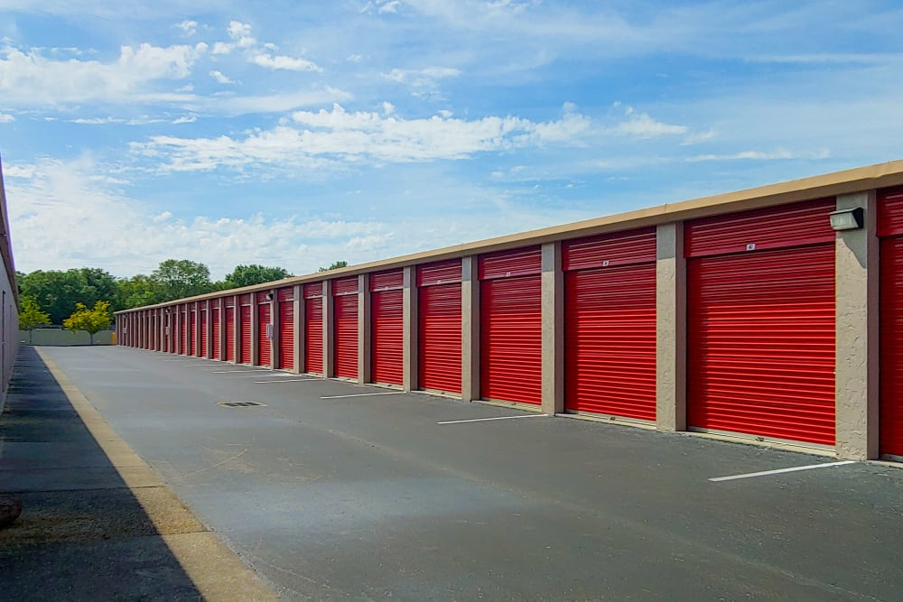 Exterior units at StorQuest Self Storage in Bradenton, FL