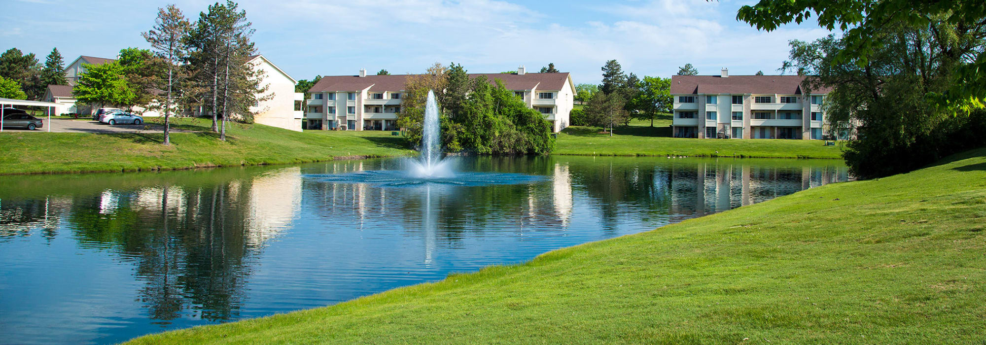 Our apartments at Aldingbrooke in West Bloomfield, Michigan