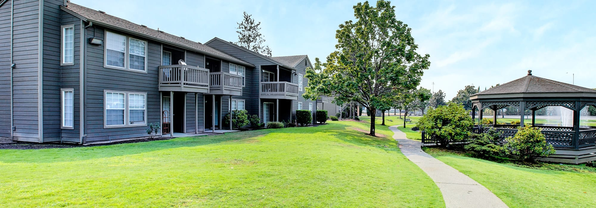 Virtual tours of Waters Edge Apartments in Kent, Washington