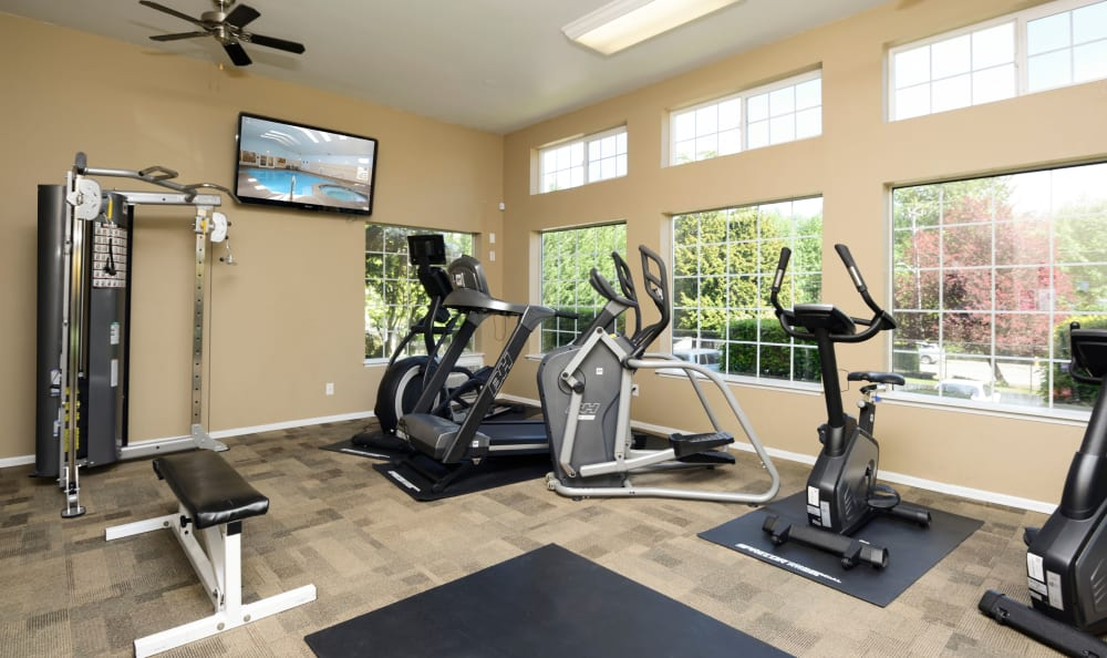 Fitness Center at Discovery Landing Apartment Homes in Burien, Washington