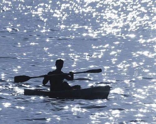 Resident kayaking in Baldwinsville, New York near The Landings at Meadowood