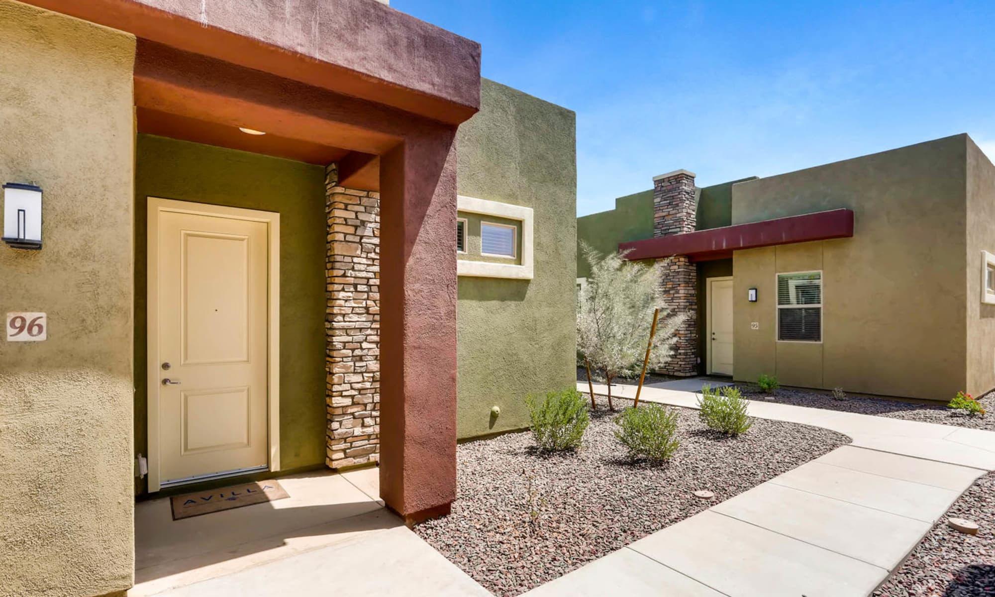Apartments in Phoenix, Arizona at Avilla Camelback Ranch