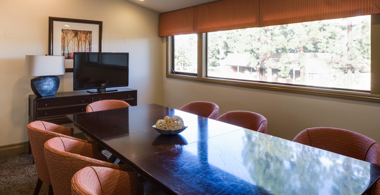Meeting room at The Reserve at Thousand Oaks in Thousand Oaks, California