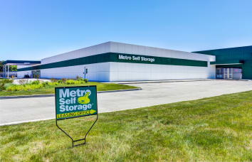 Metro Self Storage BN Deerfield/Bannockburn