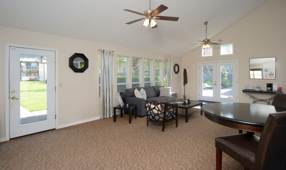 Seating available in lobby at Arbor Chase Apartment Homes in Kent, WA