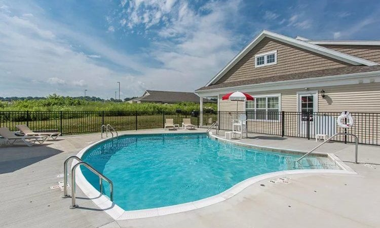 Swimming pool at Canal Crossing in Camillus, New York