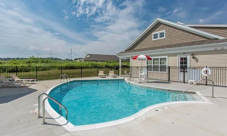 Swimming pool at Canal Crossing in Camillus, NY
