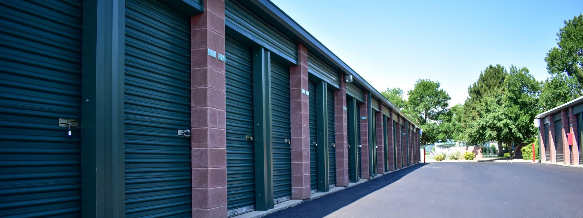 Self storage options at STOR-N-LOCK Self Storage in Thornton, Colorado