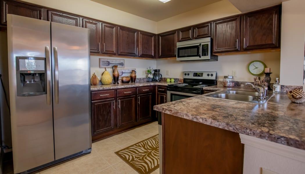 Fully equipped kitchen at Park at Tuscany in Oklahoma City, Oklahoma