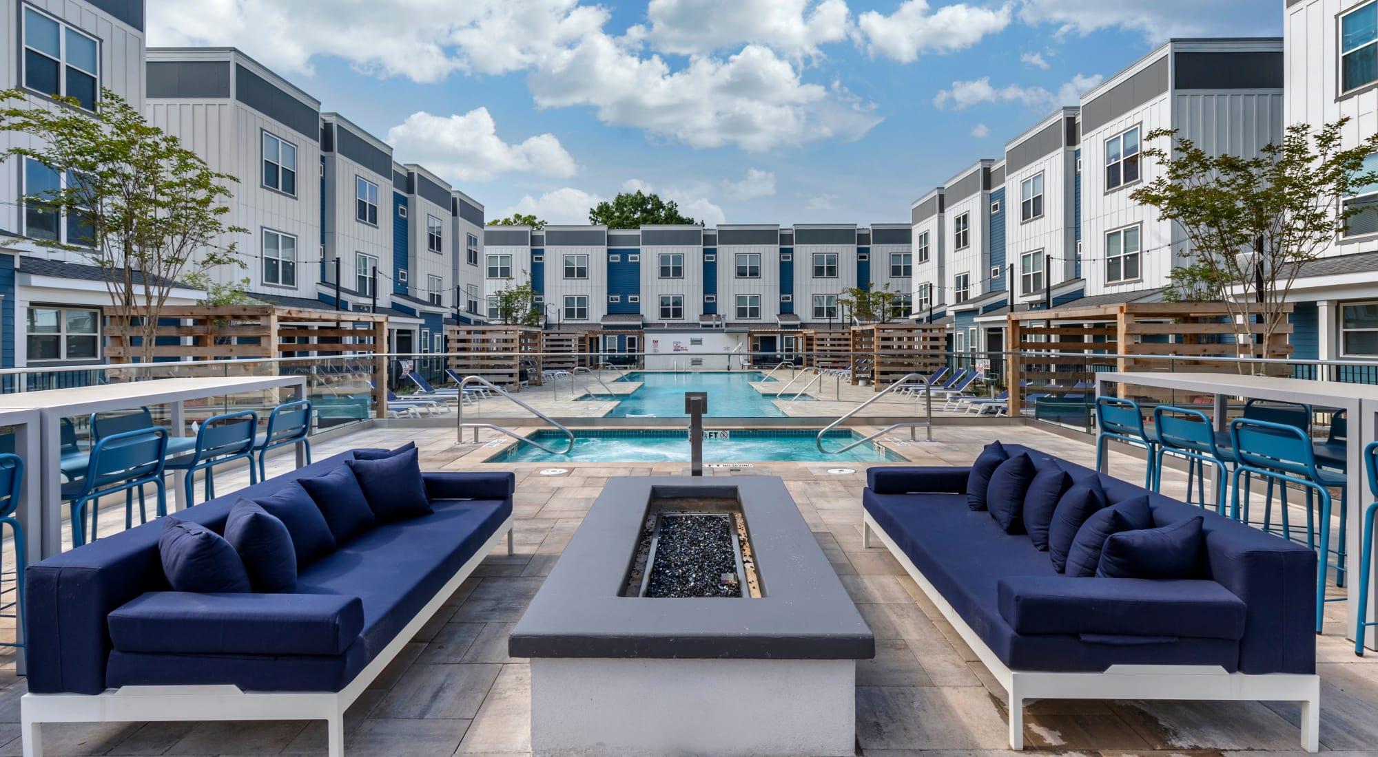 Apartments at LATITUDE on Hillsborough in Raleigh, North Carolina