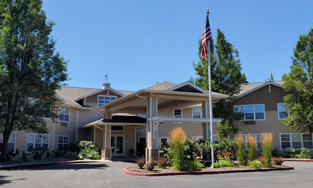 Main entrance to Woodside Senior Living in Springfield, Oregon