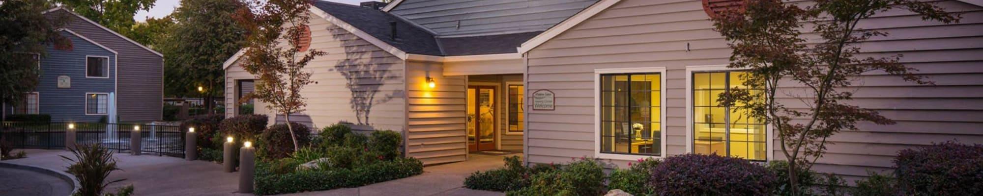 Apply to live at Hidden Lake Condominium Rentals in Sacramento, California
