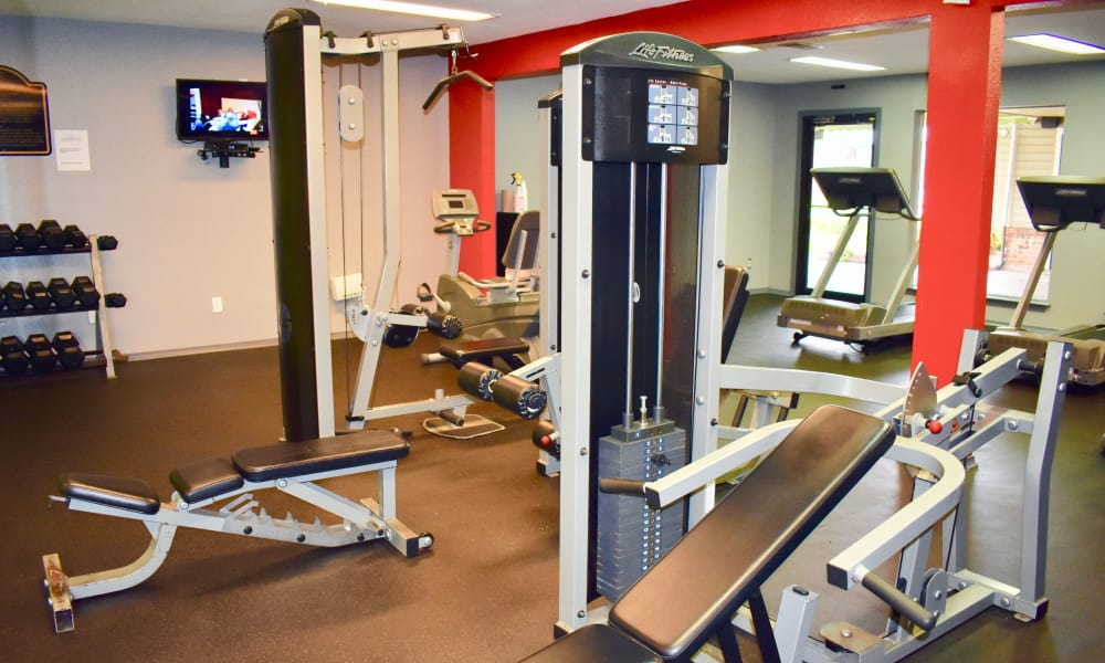 Fitness center at Summerfield Apartment Homes in Harvey, LA