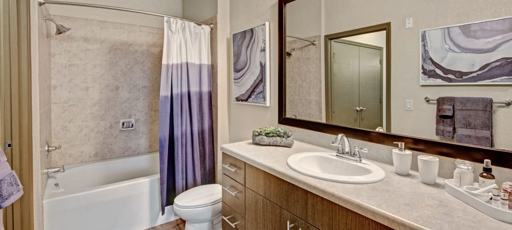 Large bathroom with ample counter space at The Courtney at Lake Shadow in Orlando, Florida