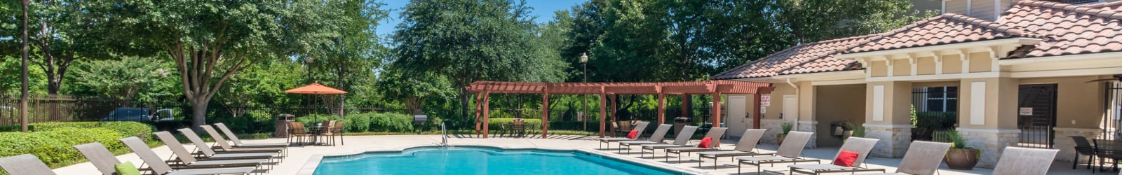 Schedule a tour at Estancia at Ridgeview Ranch in Plano, Texas